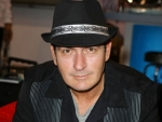 The Daily Shuffle: Charlie Sheen Gets Booed in Detroit