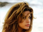 Eva Mendes Heats Up Summer For Peek & Cloppenburg (Photos + Video)