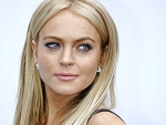 Lindsay Lohan's Earns Standing Ovation On The Tonight Show!