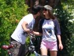 PDA Alert! Nickelodeon Starlet Victoria Justice Spotted Kissing Her 8-Years-Older Boyfriend!