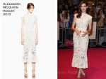 "Anne Hathaway In Alexander McQueen – ""One Day"" London Premiere"
