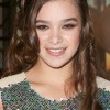 Hailee Steinfelds Hair &#038; Beauty Secrets