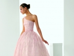 3 Blush-Colored Rosa Clara Wedding Dresses Looks Wonderful with Pink