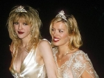 8 Red Carpet Looks Worst Dresses Then We Hated Now Love