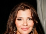 Ali Landry Luxury Car Mercedes-Benz M-Class Pictures