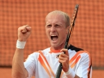 Nikolav Davydenko heat hot Pictures in Australian Open Tennis