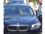 Rosanna Arquette with her BMW 5 Series Pics