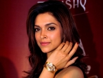 Bollywood Actress Deepika Padukone Beautiful Photos