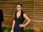 Penélope Cruz Wore H&M To An Oscar Party & We Love Her For It