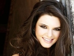 New Cute Model Kendall Jenner Biography & Pics