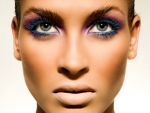 3 Ways to wear colored mascara