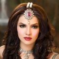 Sara Loren included in World's 10 Most Beautiful Women 2014