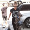 Gigi Hadid's Airport Outfit