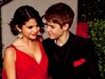 Selena Gomez still loves Justin Bieber