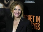 Julia Roberts Appear as Lawyer in Train Man after 16 Years