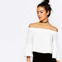 Off-the-Shoulder Tops the Freshest Silhouette to Wear