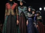 Jakarta Fashion Week Designers Traditional Dresses