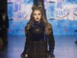 Anna Sui Fall Runway 2017 Pictures
