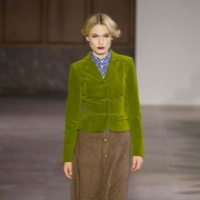 Agnès B Fall Runway 2017 in Pictures