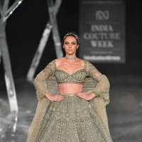 Shane Peacock and Falguni Collection 2019 at India Couture Week 2019