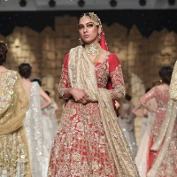 Kiran Chaudhry's Anaya Bridal Collection at PHBCW 2019