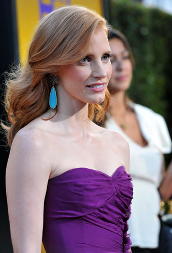 http://www.fashionstylestrend.com/wp-content/uploads/2011/08/Jessica-Chastain-hot-dress.jpg