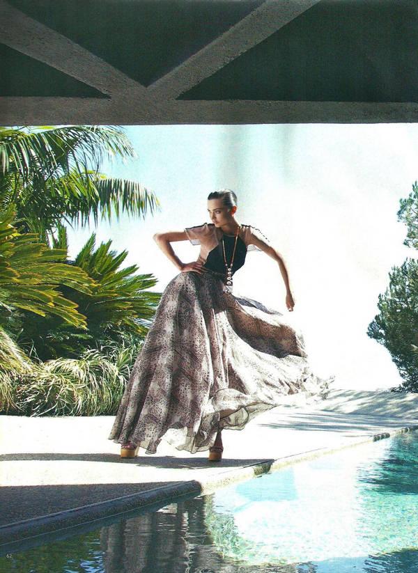 Miranda Kerr Grazia Hot Dancing style