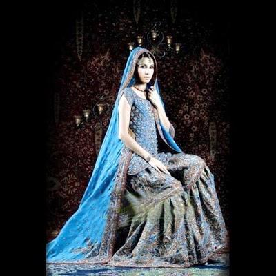 Model Vaneeza Ahmed Gharara Dress