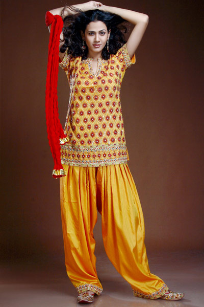 Patiala Salwar Kameez For Eid