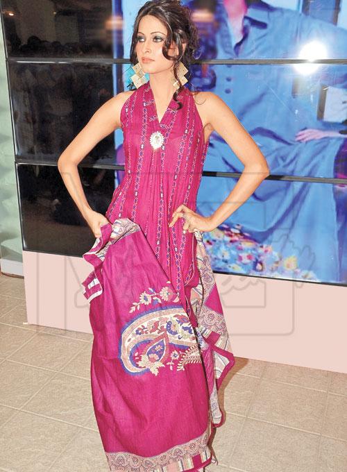 latest Salwar Kameez Designs 2012