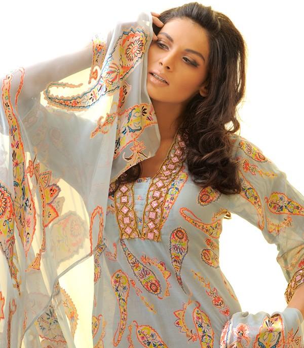 Salwar Kameez Dupatta fashion