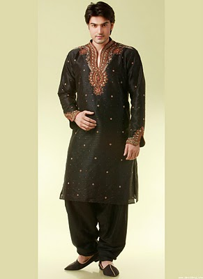 Kurta Designs by Manish Malhotra http://www.fashionstylestrend.com/fashion-shows/kurta-designs/