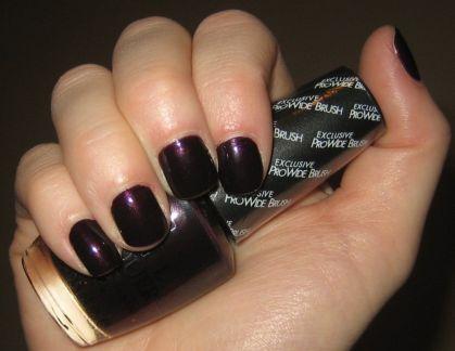Purple dark nail polish trends