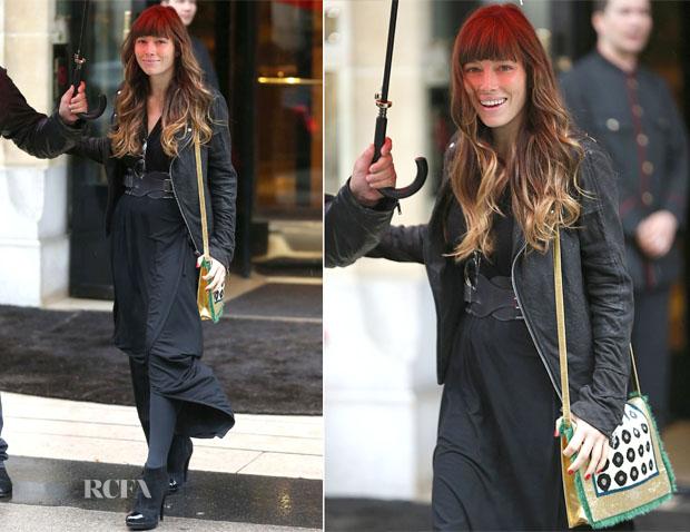 Jessica Biel out In Paris