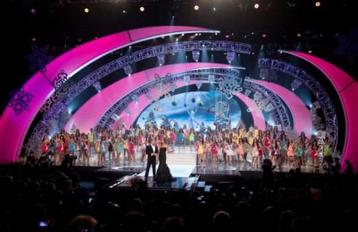 Andy Cohen and Giuliana Rancic Host Miss Universe 2012