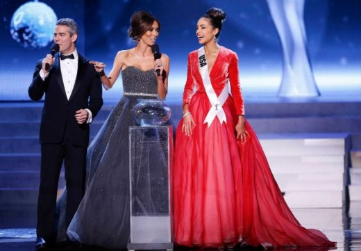 Andy Cohen Host Miss Universe 2012