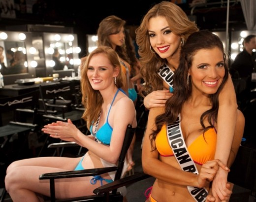 Miss Denmark, Miss Ecuador and Miss Dominican Republic
