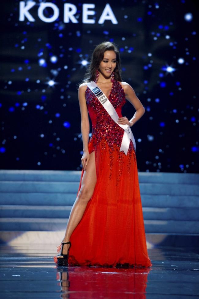 Miss Korea Competing Miss Universe 2012 Fashion Style