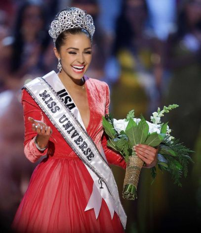 Miss USA Olivia Culpo Smile