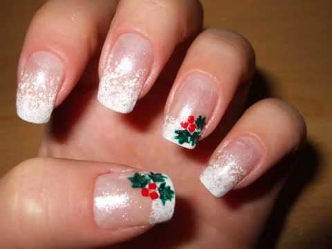 Snowy Mistletoe Nails