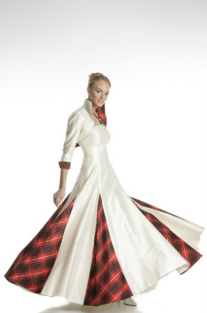 Wedding dresses for christmas fashion style trends 2017 for Scottish wedding dresses with tartan
