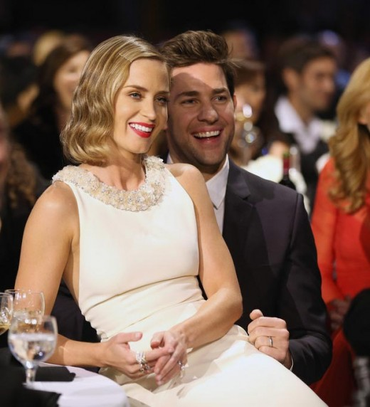emily blunt getting close to her husband during the critics choice awards 2013