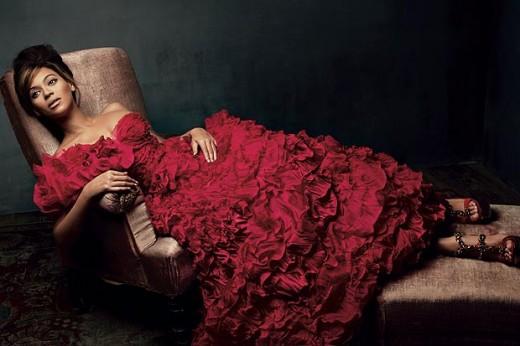 Beyoncé reclines on chaise longue
