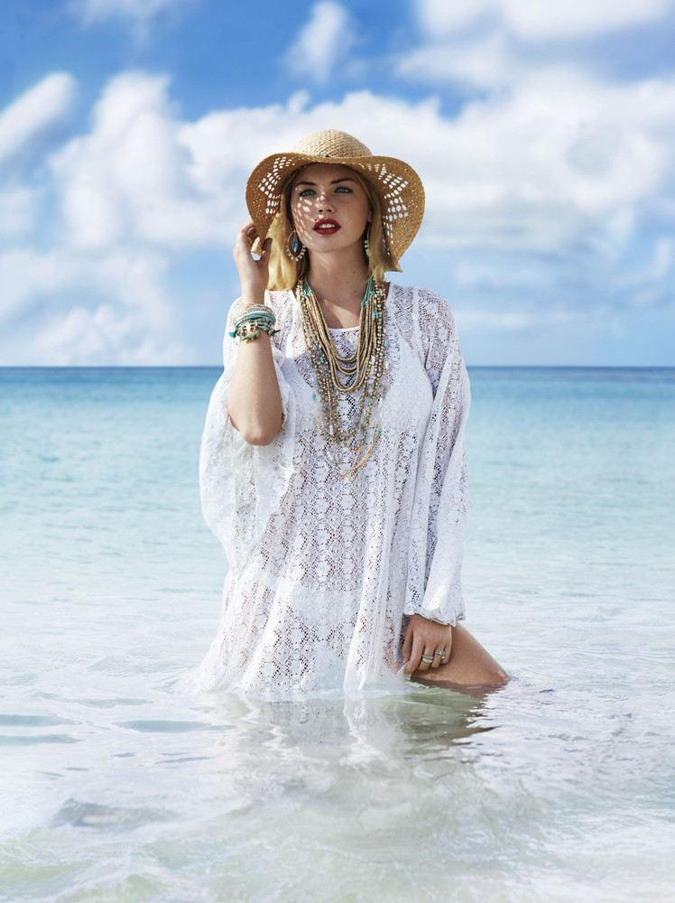 Kate Upton Worked In Accessorize Campaign Looks Amazingly