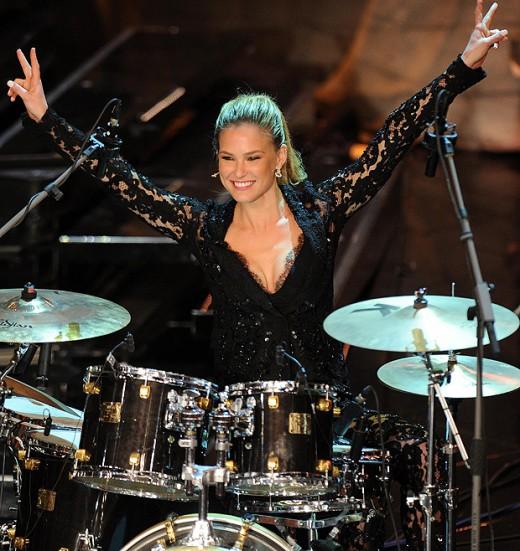 Rock chick ... Bar Refaeli