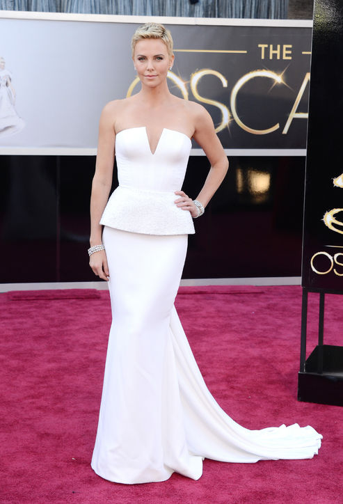 Charlize Theron at Oscars 2013 Red Carpet