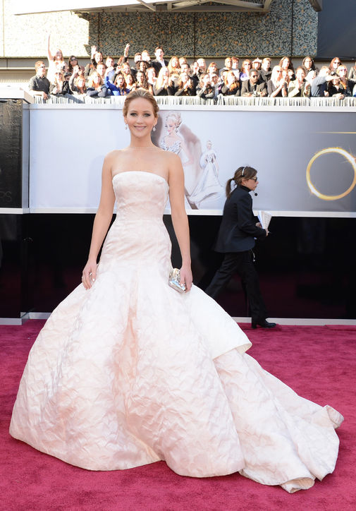 Jennifer Lawrence at Oscars 2013 Red Carpet