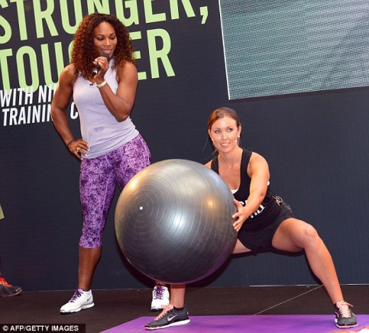 Hot Serena Williams in gym
