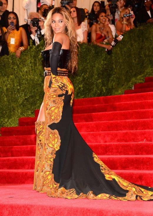 Beyonce Met ball 2013 Fashion Show