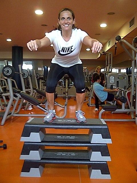 Hot Roberta Vinci in gym